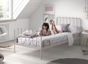 Alice Pink Bed Room