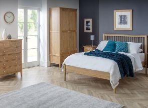 Cotswold Oak Bedroom