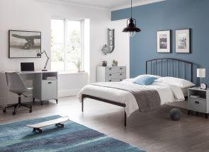 Onyx Metal Bed & Lakers Furniture Bedroom